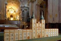 Haptický model baziliky na Svatém Kopečku pro nevidomé