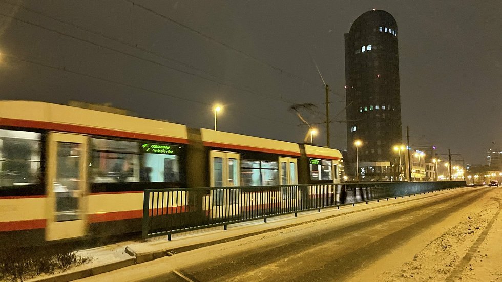 Třída Kosmonautů v Olomouci, únor 2021