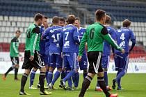 Fotbalisté Sigmy B (v modrém) vs. SK Uničov