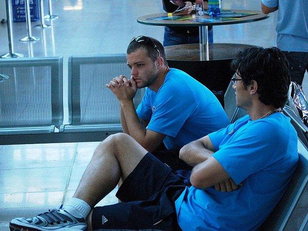 Brazilské duo Sigmy na letišti