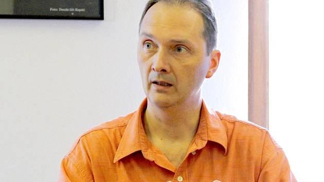 Primář Stanislav Losse při on-line rozhovoru se čtenáři Deníku