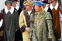 Tomio Okamura v průvodu ke cti sv. Pavlíny v Olomouci