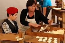 Manželka českého prezidenta Ivana Zemanová na návštěvě v Muzeu tvarůžků v Lošticích
