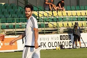 Fotbalisté HFK Olomouc (v bílém). Ilustrační foto