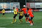 Fotbalisté Sigmy Olomouc (v oranžovém) v přípravě zdolali Zlín.