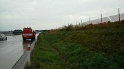 Oplocení D35 Lipník nad Bečvou. Následky čtvrteční odpolední bouřky v Olomouckém kraji