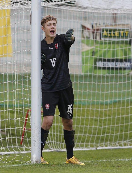 Talentovaný gólman Jakub Markovič (ročník 2001) přestoupil ze Sigmy Olomouc do Slavie Praha.