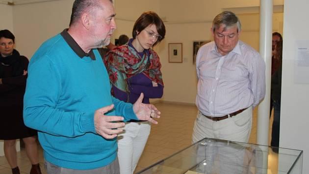 Spoluautor koncepce výstavy, matematik a spisovatel Jan Andres starší.