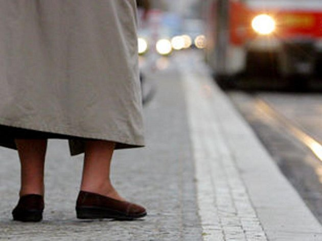 Tak na tuhle tramvaj si počkáte, ta musí nejdřív do Šumperka.