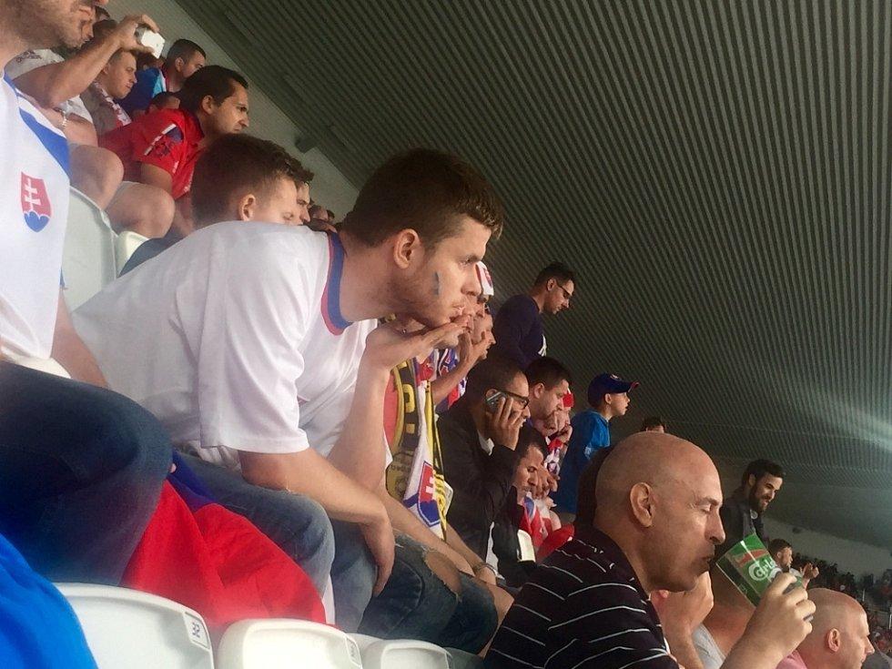 První zastávkou zpravodaje Deníku na fotbalovém Euru Michala Kvasnici bylo francouzské město Bordeaux, kde se střetly týmy Slovenska a Walesu. Slováci museli překousnout porážku 1:2.