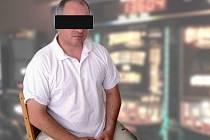 Muž, který se ve Šternberku léčí ze závislosti na automatech a rozhodl se o tom povědět