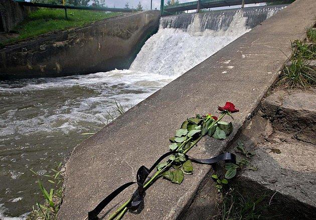 Nebezpečný jez na Mlýnském potoku v Olomouci-Řepčíně