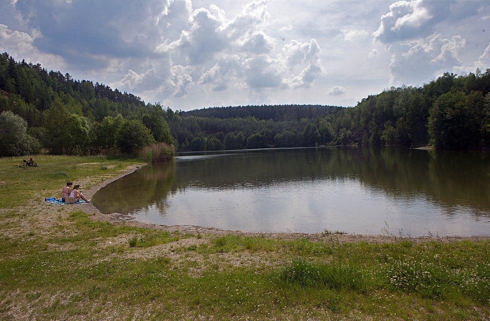 Přírodní koupaliště v bývalém lomu Litovel Nová Ves.
