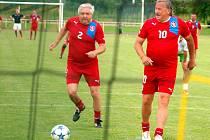 Karol Dobiaš (vlevo) a Antonín Panenka