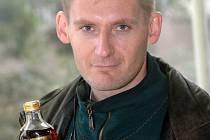 Alexandr Zarivnij chce oprášit zašlou slávu likéru Jakamarus.