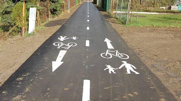 Nová cyklostezka Hrázka mezi Litovlí a Červenkou