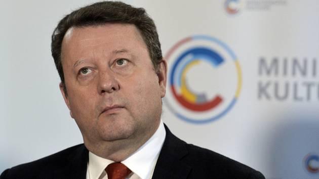 Ministr kultury Antonín Staněk (ČSSD)