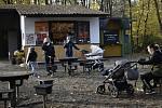 Bistro Hloučela na okraji Prostějova servíruje občerstvení s posezením i alkoholický punč s  sebou. 6. listopadu 2020