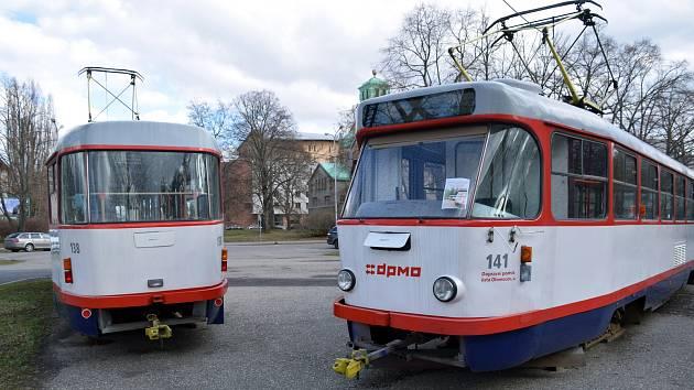 Tramvaje typu T3 u Plaveckého stadionu v Olomouci