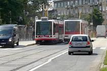 Wolkerova ulice a zastávky u výstaviště Flora