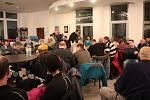 Noční čekárna pro žadatele o kotlíkové dotace v budově RCO v Olomouci