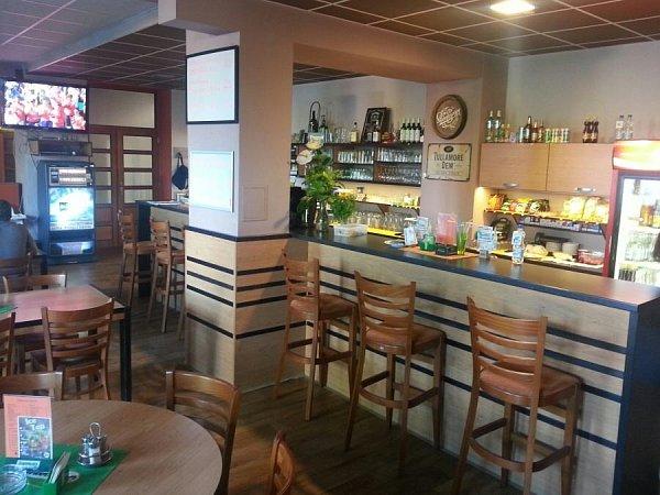 Restaurace Na hale, Hluk