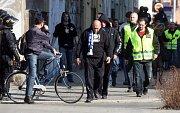 Fanoušci Baníku v ulicích Olomouce