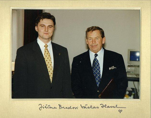 Jiří Brada pracoval u prezidentské ochranky v letech 1996 až 1998.
