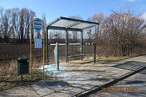 Poničení zastávky v obci Křelov-Břuchotín
