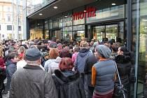 Galerie Moritz se po devíti měsících rekonstrukce otevřela ve středu úderem 15. hodině veřejnosti.