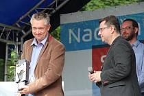 Nadační dětský den v Olomouci - Za hrdinské jednání, které přispělo k dopadení žháře, byl oceněn Christophe Paul Louis Delattre – Francouz, který už léta žije v krajském městě