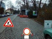 Čerpací stanice v širším centru Olomouce, v Krapkově ulici, prochází rekonstrukcí. Radnice v minulosti uvažovala, že by se měla přesunout jinam.