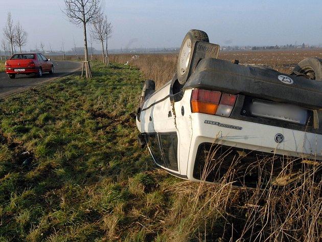 Nehoda se naštěstí obešla bez zranění.