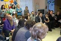 Rodiče a zástupci města se sešli v MŠ Hvězdné údolí