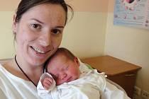 Zuzana Jursová, Přerov, narozena 17. března v Olomouci, míra 49 cm, váha 2910 g.