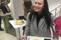 Den otevřených dveří na Univerzitě Palackého v Olomouci. V hlavní menze servírovali obědy za studentské ceny.