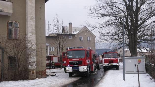 V plamenech skončil byt v Babické ulici ve Šternberku v sobotu po 11. hodině.