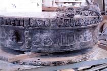 Voskový model bronzové hlavice pro pítka na olomoucké Dolní a Horní náměstí. Foto: