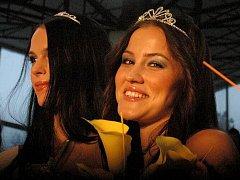 Miss Haná 2011 Veronika Šticová (vpravo)