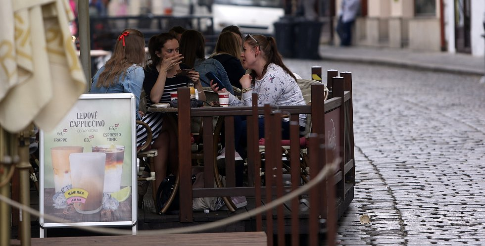 Znovuotevření restauračních předzahrádek v Olomouci - 11. května 2020