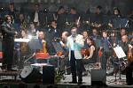 Koncert Karla Gotta ve sportovní hale UP v Olomouci v listopadu 2006