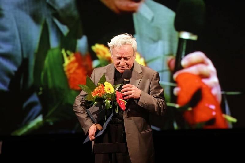 Antonín Suchan sochař a fotograf - Cena osobnost roku