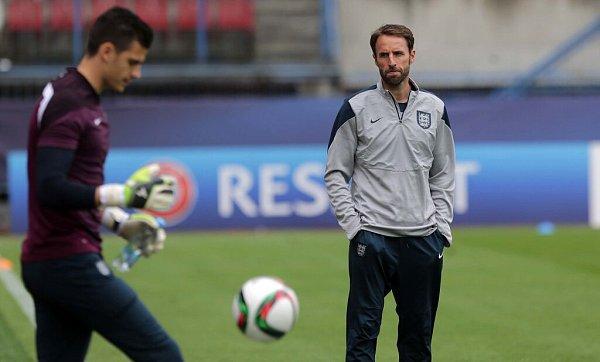 Trénink anglické reprezentace na Andrově stadionu před rozhodujícím zápasem sItálií