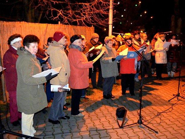 Česko zpívá koledy v Majetíně