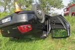 Opilá řidička převrátila Peugeot 407 na střechu