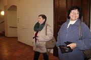 Sobotní večer v Olomouci patřil divadlům. Noc divadel nabídla návštěvníkům možnost podívat se na místa, kam se v běžném provozu nedostanou.