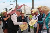 Je to už téměř dvacet let, co se Paseka na Olomoucku zúčastnila soutěže Vesnice roku Olomouckého kraje. Ve čtvrtek ráno se o úspěch v tradičním klání pokoušela znovu.
