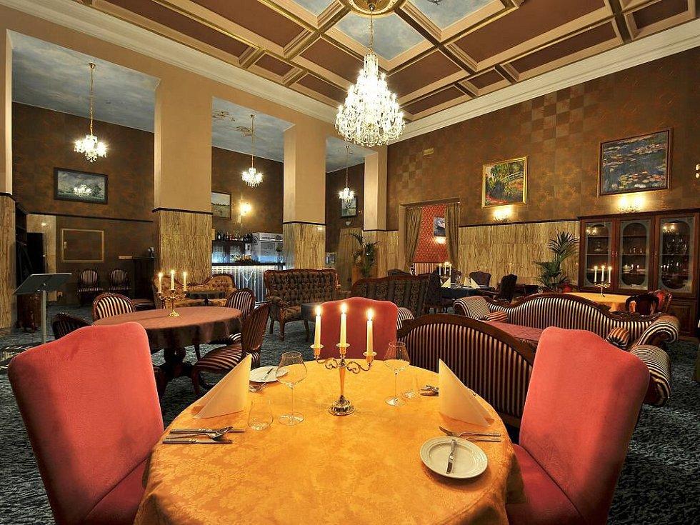 Svatováclavský restaurant otevřel v protorách bývalé pošty na náměstí Republiky v centru Olomouce