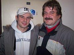 Hokejista Tomáš Sedlák se svým otcem.