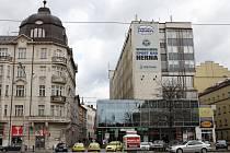 Budova Jednoty ve stylu socialistickému realismu.